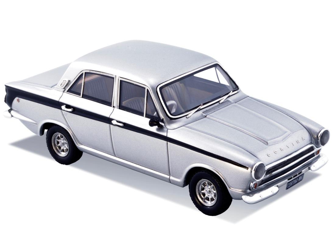Ford Cortina MK1 – Silver