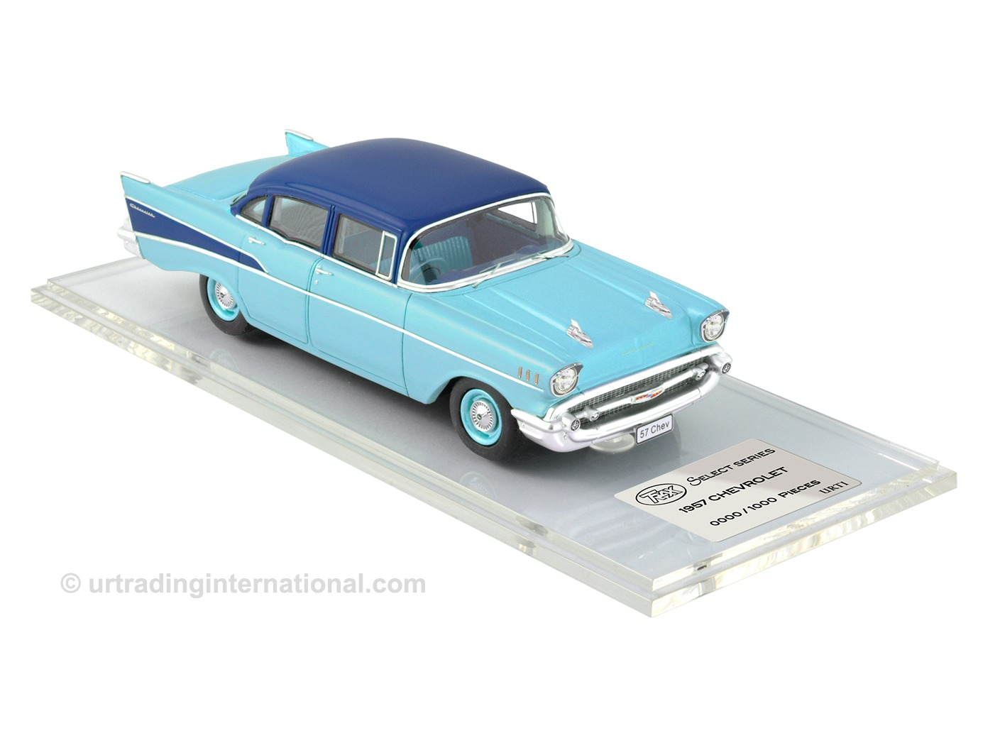 1958 Chevrolet – Larkspur Blue / Harbor Blue Metallic