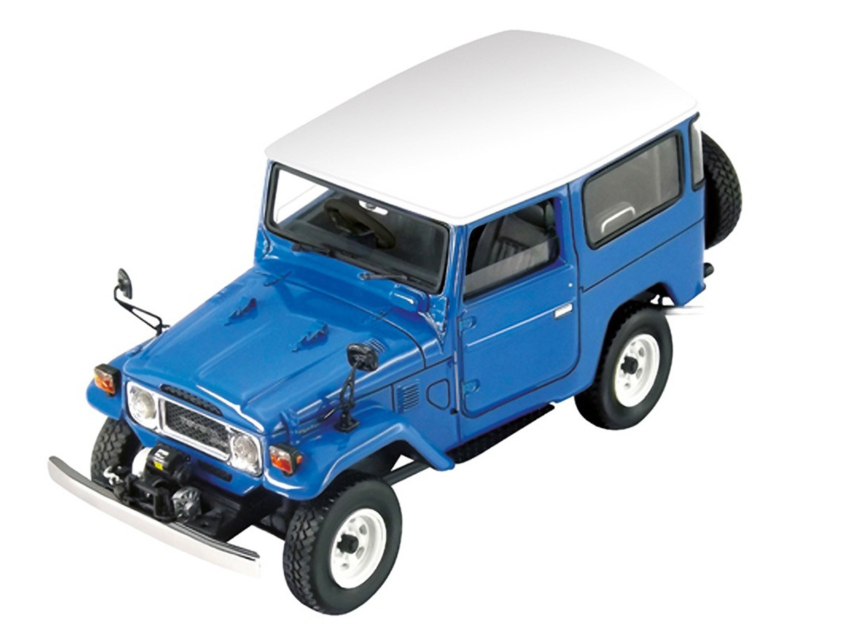 Toyota Land Cruiser – Blue