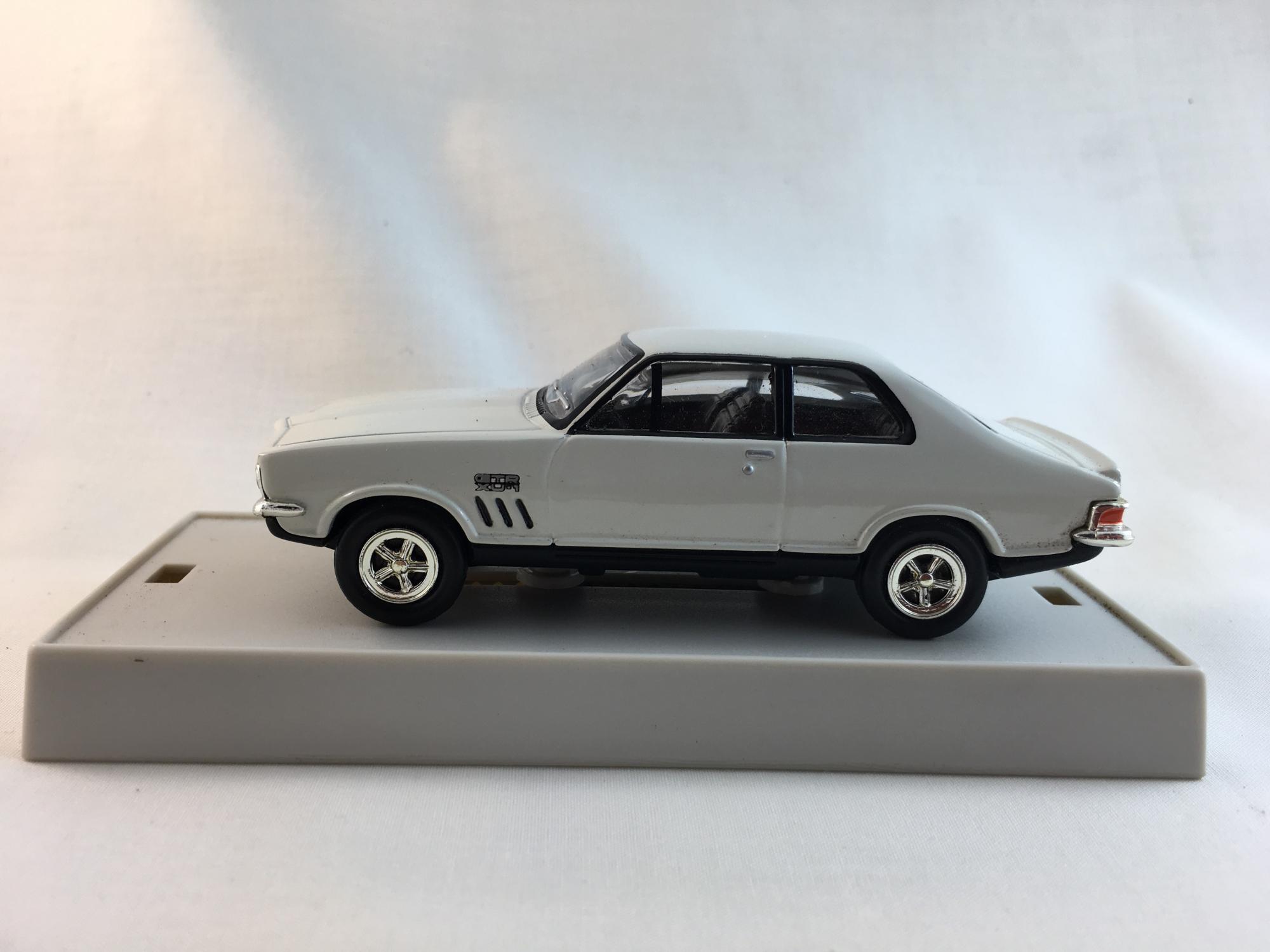 Holden LJ Torana GTR-XU1-White