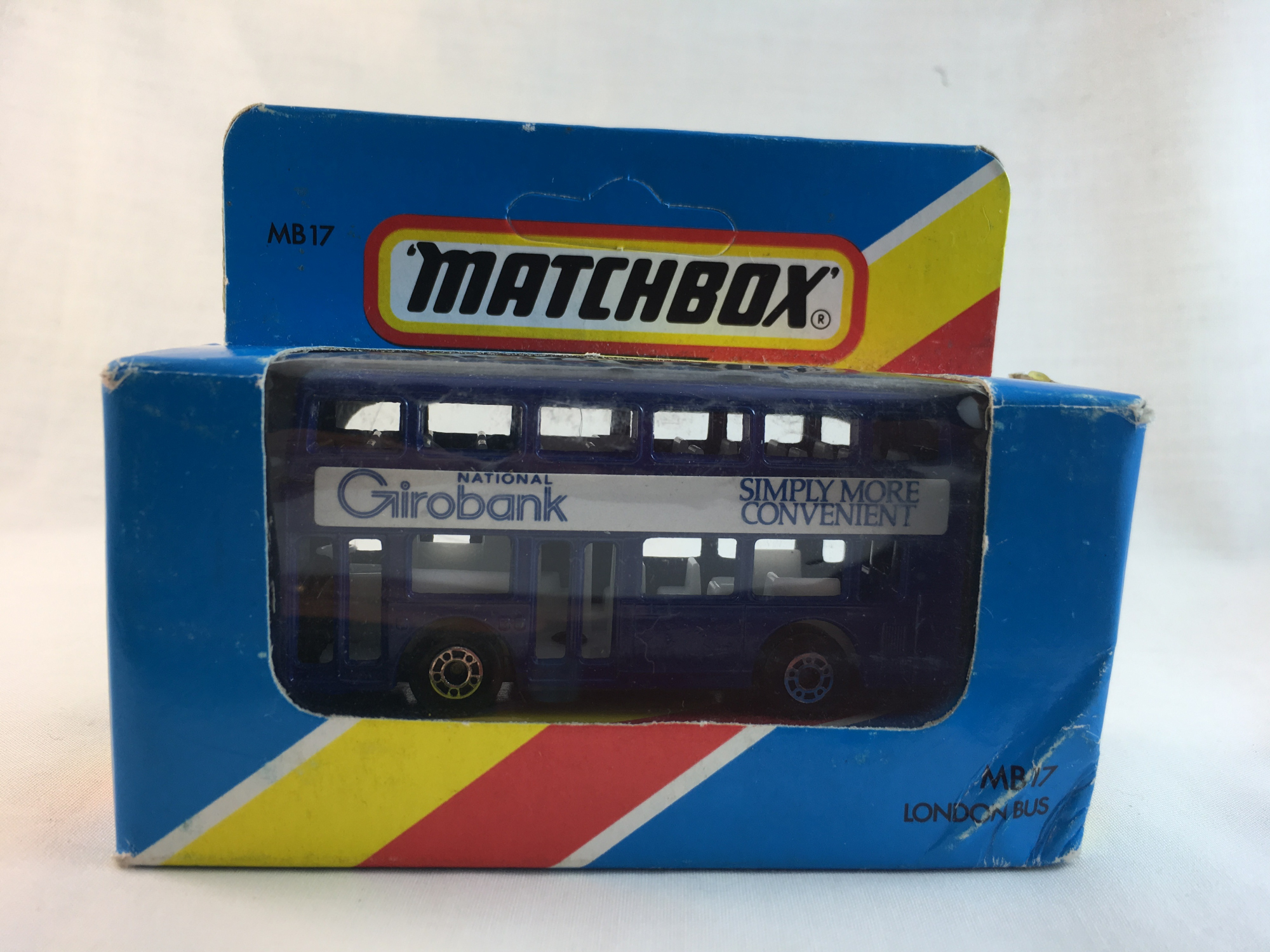 Matchbox-MB17 London Bus