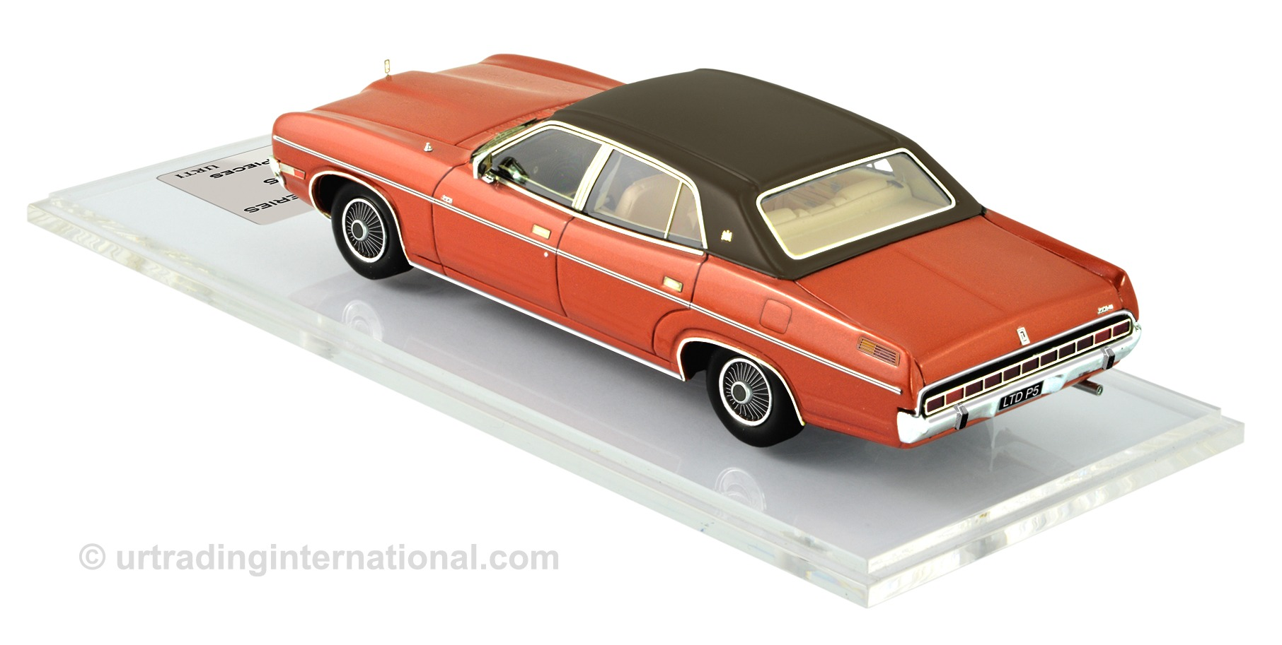 Ford LTD P5 – Copper Bronze