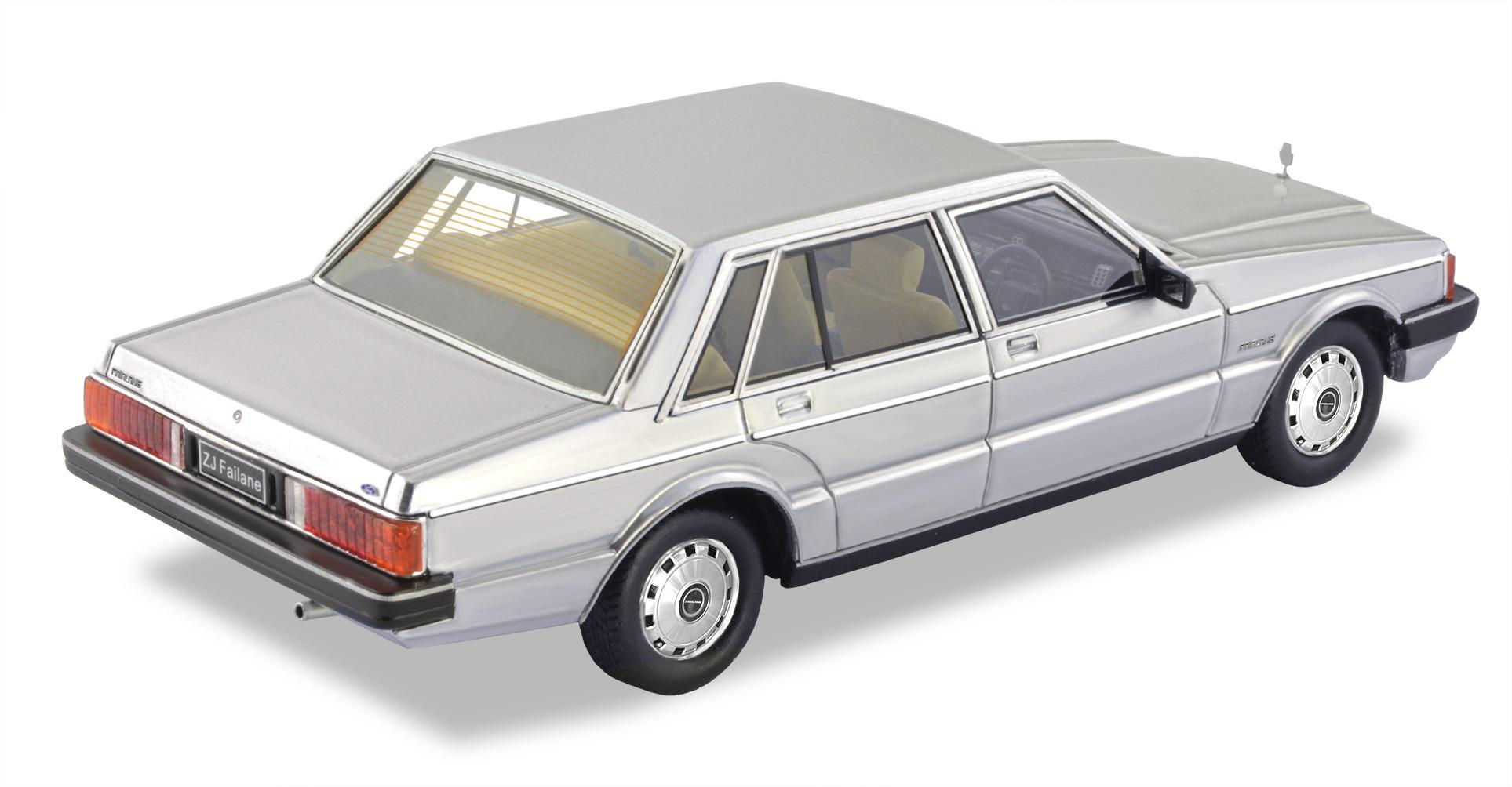 1980 Ford ZJ Fairlane – Silver.