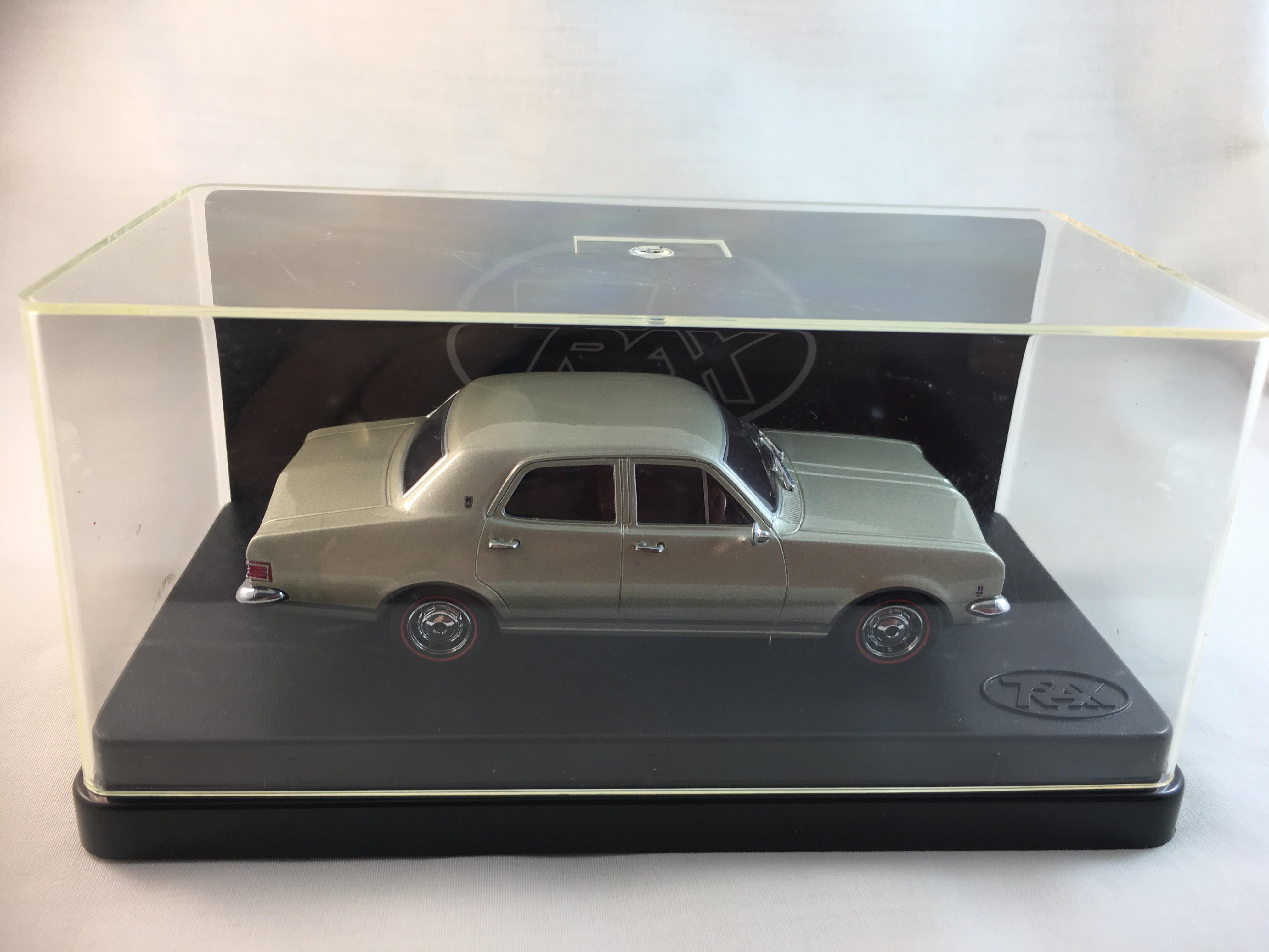 HK Premier Sedan